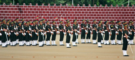 Parade giving General Salute to Lt Gen Campose