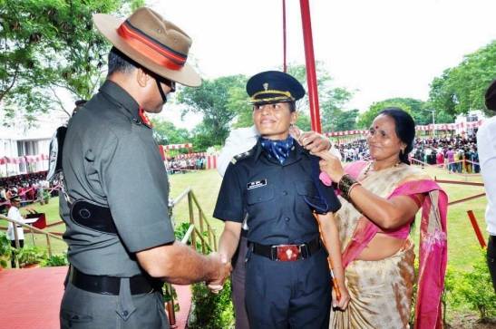 Newly commissioned Lt being piped by Comdt OTA, Chennai.