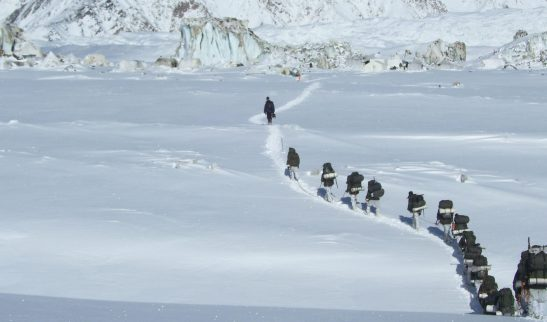 siachen_troops_walk_on_sonusmac